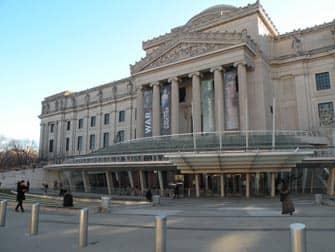 ニューヨーク 割引パス 比較 - ブルックリン博物館