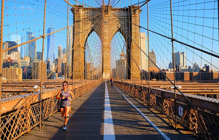 ニューヨーク ブルックリンブリッジ - ランニング