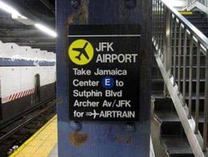 マンハッタン から JFK空港 交通 案内