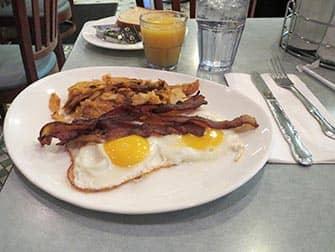 ウェストウェイダイナー 朝ごはん