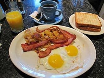 シアターロウダイナー 朝ごはん