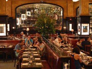 ニューヨーク ロマンチックなレストラン、バー