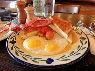 ニューヨーク 朝ごはん - Gemmaの朝食