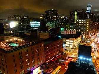 ニューヨーク ルーフトップバー ガンズヴォート ホテル からの 眺め