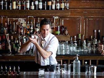 ニューヨーク 禁酒法時代の隠れ酒場 体験ツアー - ドリンク