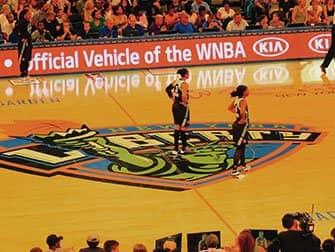 ニューヨーク リバティ バスケットボール 選手