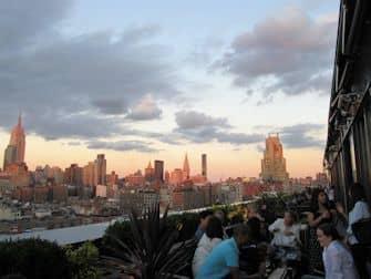 ニューヨーク ルーフトップバー ツアー - PHD