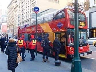 ニューヨーク サイトシーイング デイパス - ホップオンホップオフバス